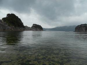雨の浄土ヶ浜(それでも美しい)